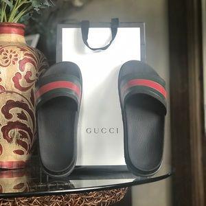 Gucci slides webbed